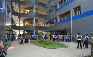 Inician-clases-en-Nuevo-Edificio-Rigoberto-Lopez-Perez-de-la-UNI