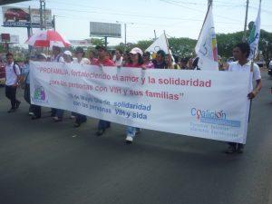Marcha-de-Solidaridad-PVVS-2013