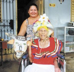 doña Francisca Villalta, más conocida como La Chica Vaca.