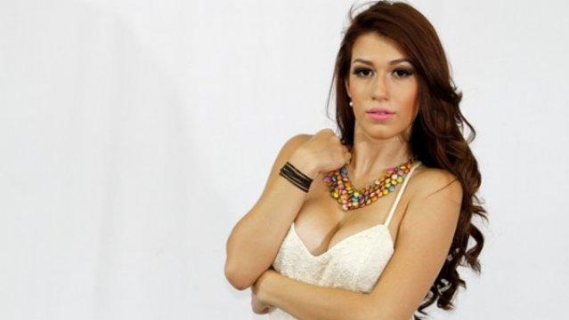 Publicación De Fotos En Topless De Ex Miss Mundo Nicaragua Son