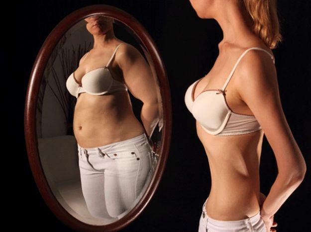 anorexia-verse-gorda-en-el-espejo