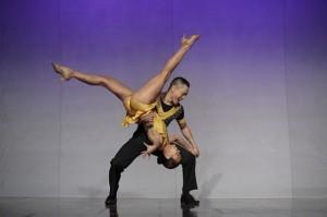 dance-genre-salsa-8-acrobatics