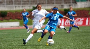 el-salvador-derrota-a-nicaragua-en-premundial-femenino-de-futbol-2013-05-26-61172