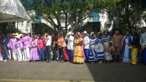 Alumnos de Managua en acto del Dìa Nacional de Educac.