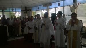 Celebran en iglesia Espíritu Santo a Monseñor Carballo y al nuncio del Vaticano