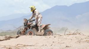 Dos pilotos del Rally Dakar fueron arrestados por daño arqueológico en Chile
