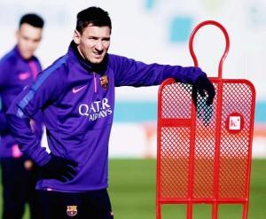 Messi se comprometió a seguir en Barcelona