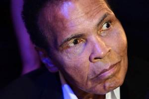 Muhammad Ali vuelve al hospital