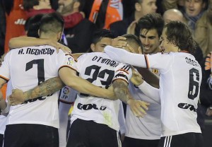 Real Madrid perdió 2-1 ante Valencia