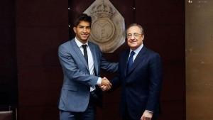 Real Madrid presenta a Lucas Silva