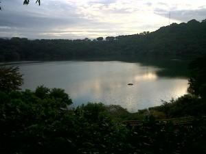 Alcaldía de Managua realiza jornada de limpieza en Laguna de Tiscapa