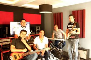 Miel-San-Marcos-Radio-Cristiana-Guatemala-nueva-produccion