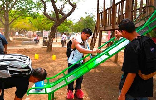 rehabilitacion-del-parque-del-barrio-san-luis-sur