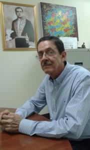 Dr. Alfonso Valle secretario del CNEA