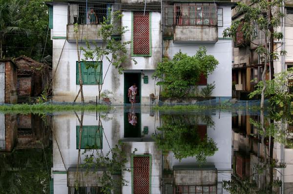 11 muertos debido a las lluvias en India Occidental