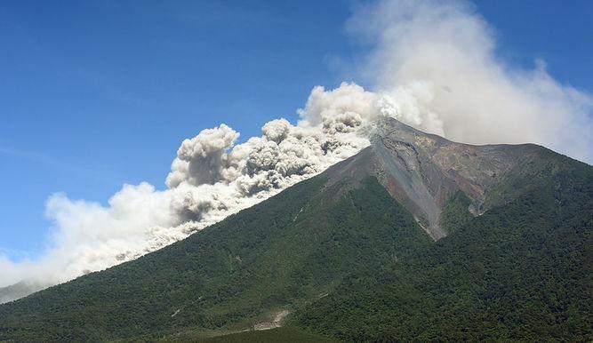 Erupcion-volcan-Fuego_4405734