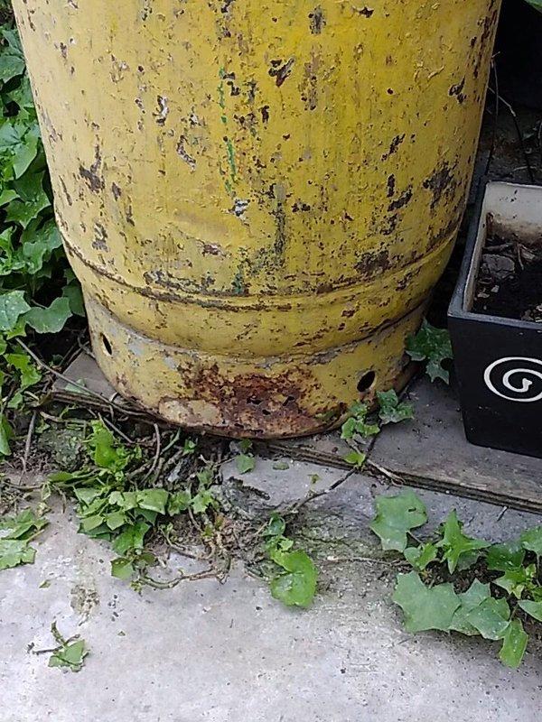 Chavalo se fractura las costillas al huir despavorido por una fuga de gas en su casa