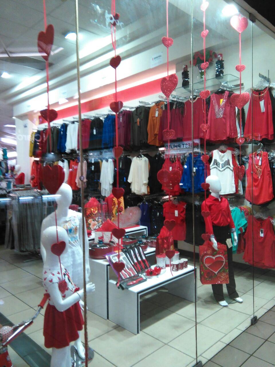 Grand Mall ofrece vestidos exclusivos turcos y la línea de