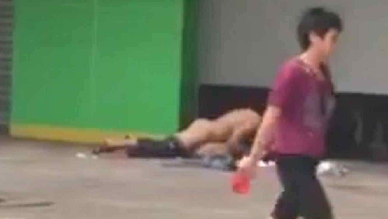 Juegos De Sexo En La Calle 80