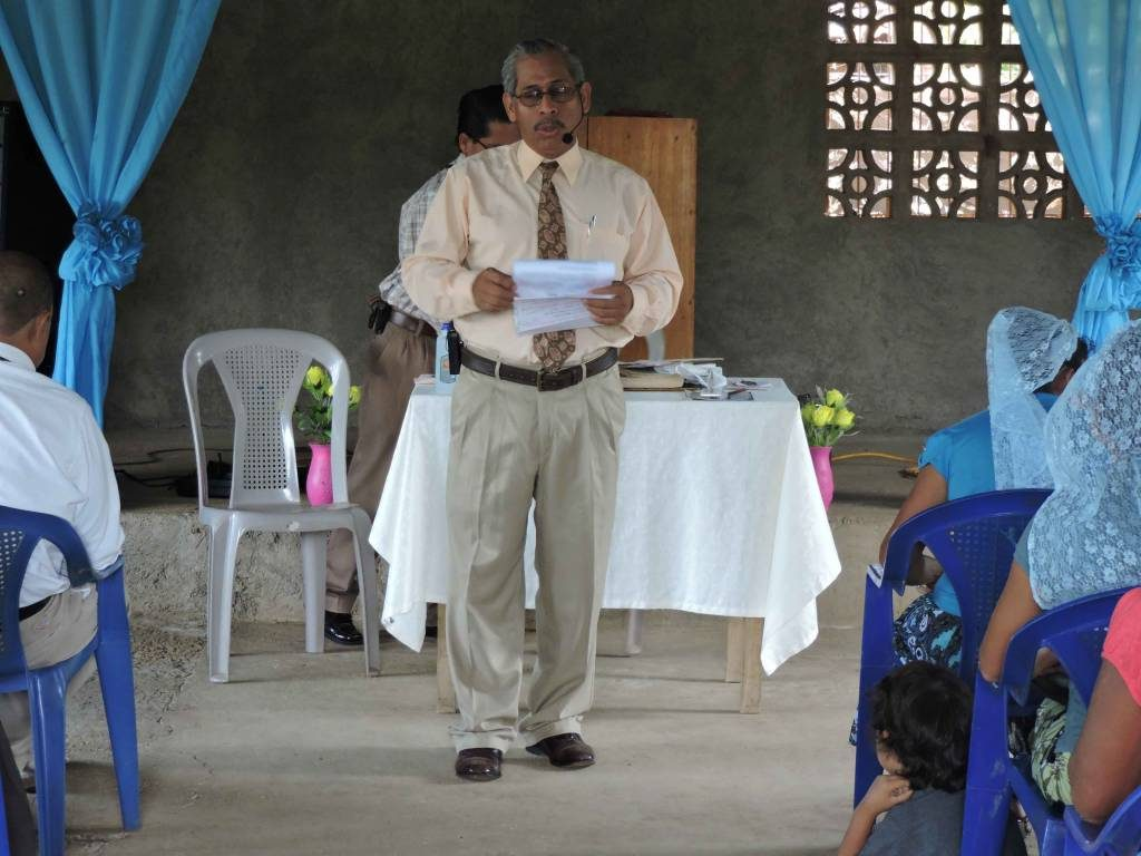 pastor Gegmi Joel López