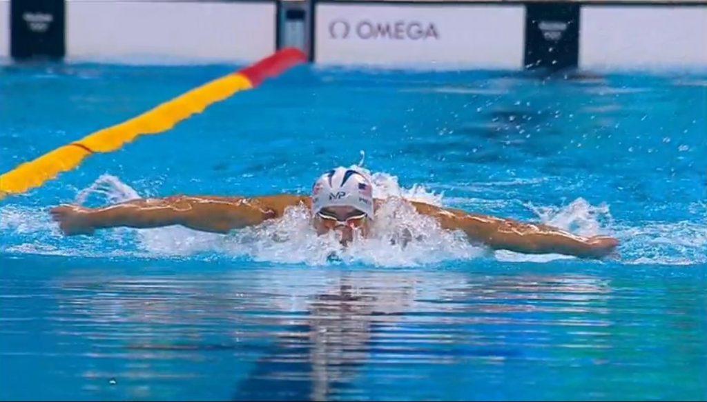 Michael Phelps avanza a semifinales de 200 metros mariposa en los Olímpicos