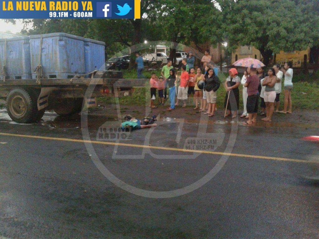 Motociclista rivense termina sus días estrellado contra un camión(1)