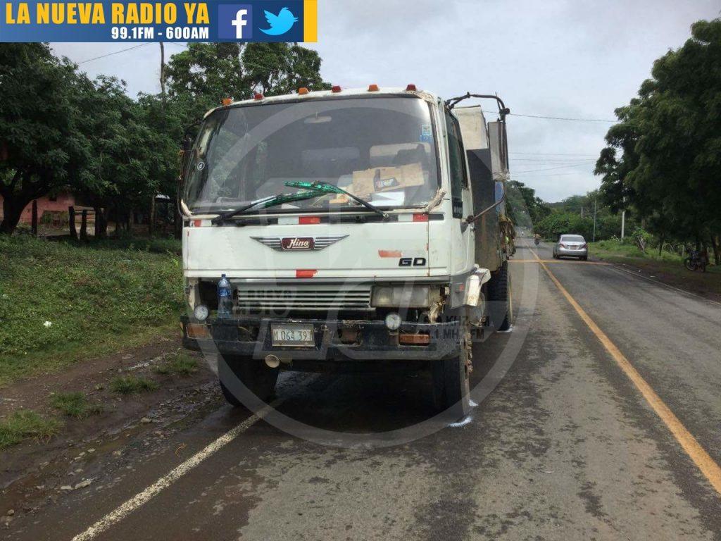 Motociclista rivense termina sus días estrellado contra un camión2(1)
