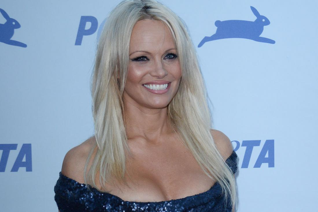 Pamela-Anderson-calls-for-end-of-foie-gras-production-in-France