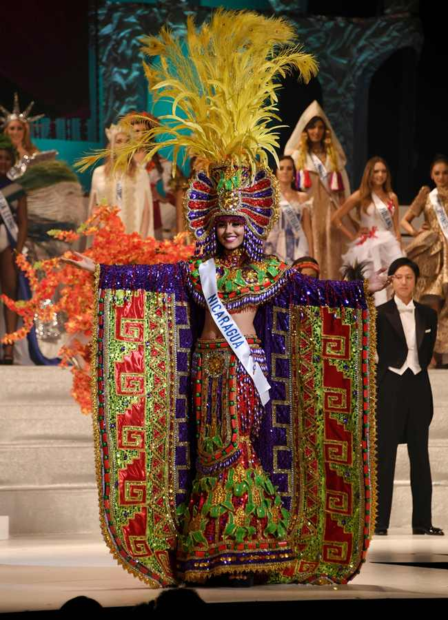 Miss Nicaragua Brianny Chamorro performs in the national costume contest to became Miss National Costume during the Miss International beauty pageant final in Tokyo on October 27, 2016. / AFP PHOTO / TOSHIFUMI KITAMURA