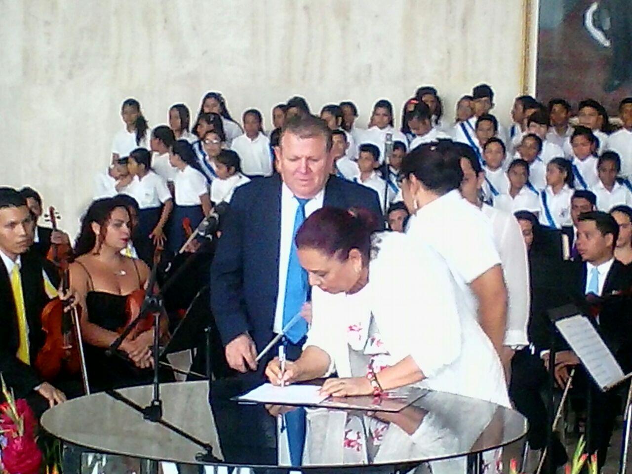 Gracias al  buen gobierno de Daniel, veintitrés municipios tendrán orquestas estudiantiles
