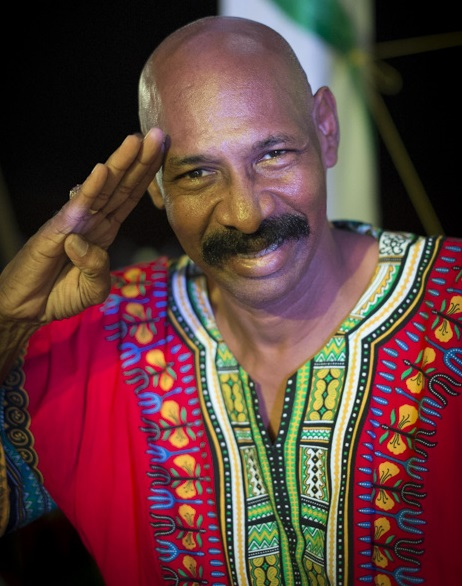 Anthony Matthews, artiste international renome pour sa musique caraïbéenne de Bluefields. Carnaval aquatique de San Carlos, Rio san Juan, Nicaragua - Novembre 2012