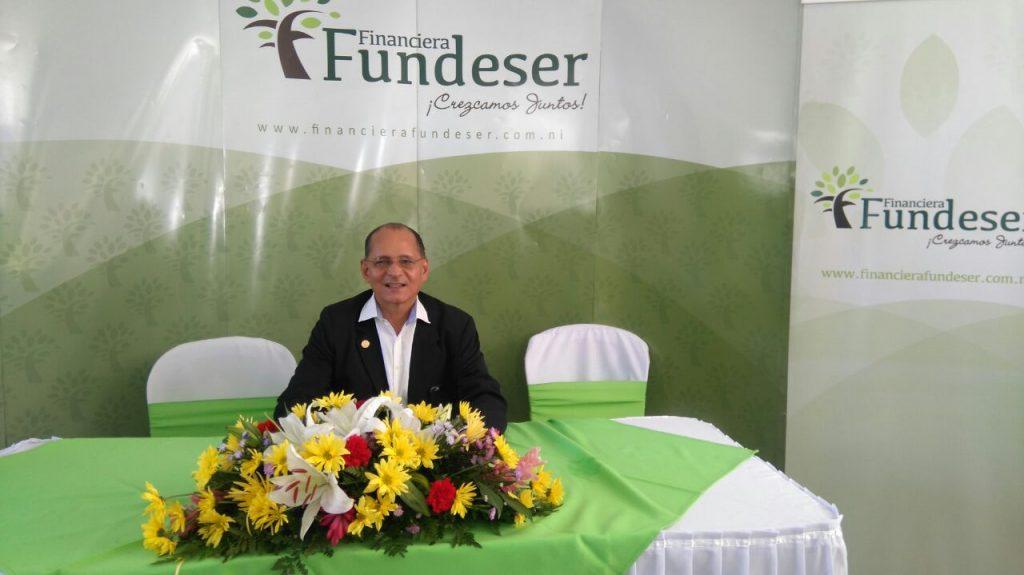 fundeser-licencia-rene-romero-gerente