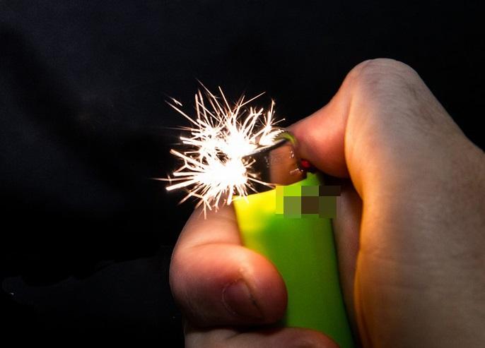 lighter-1022459_960_720-1