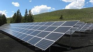 solar-panel-array-1591350__180