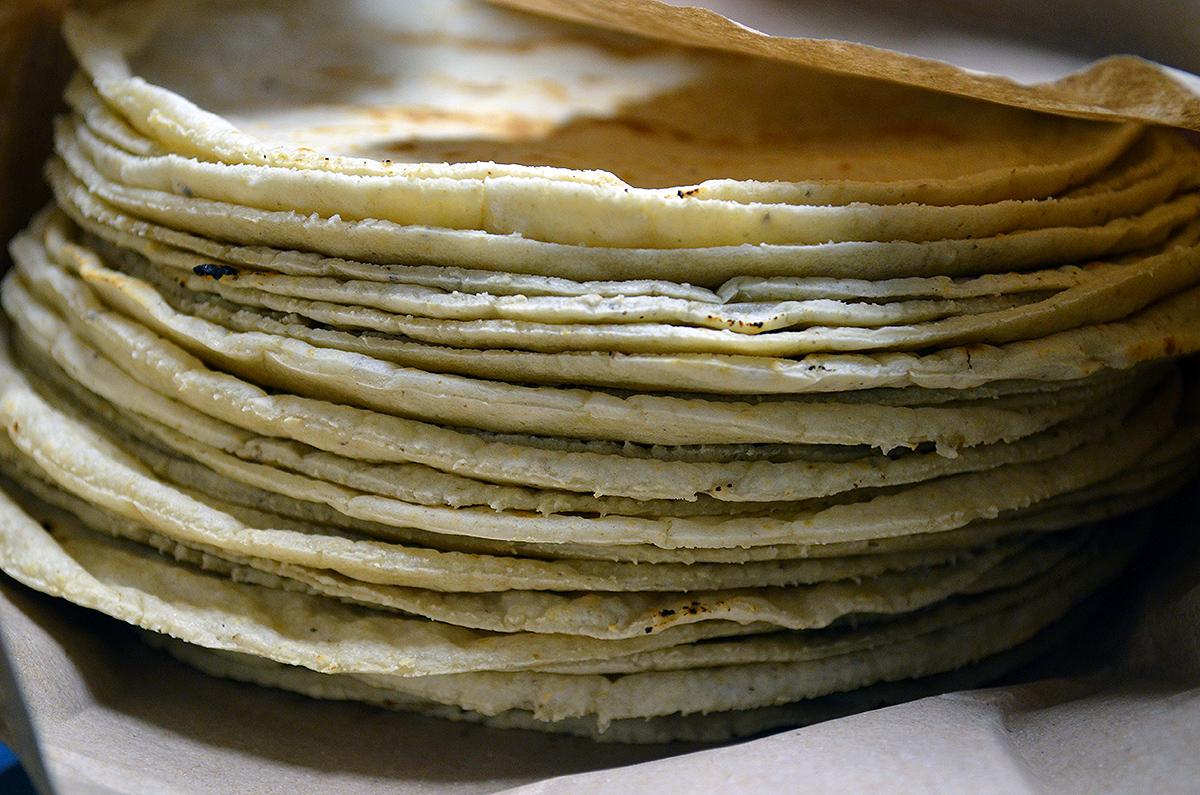 """Investigan a hermanas que """"chimbombearon"""" a vendedora de tortillas en Jinotega"""