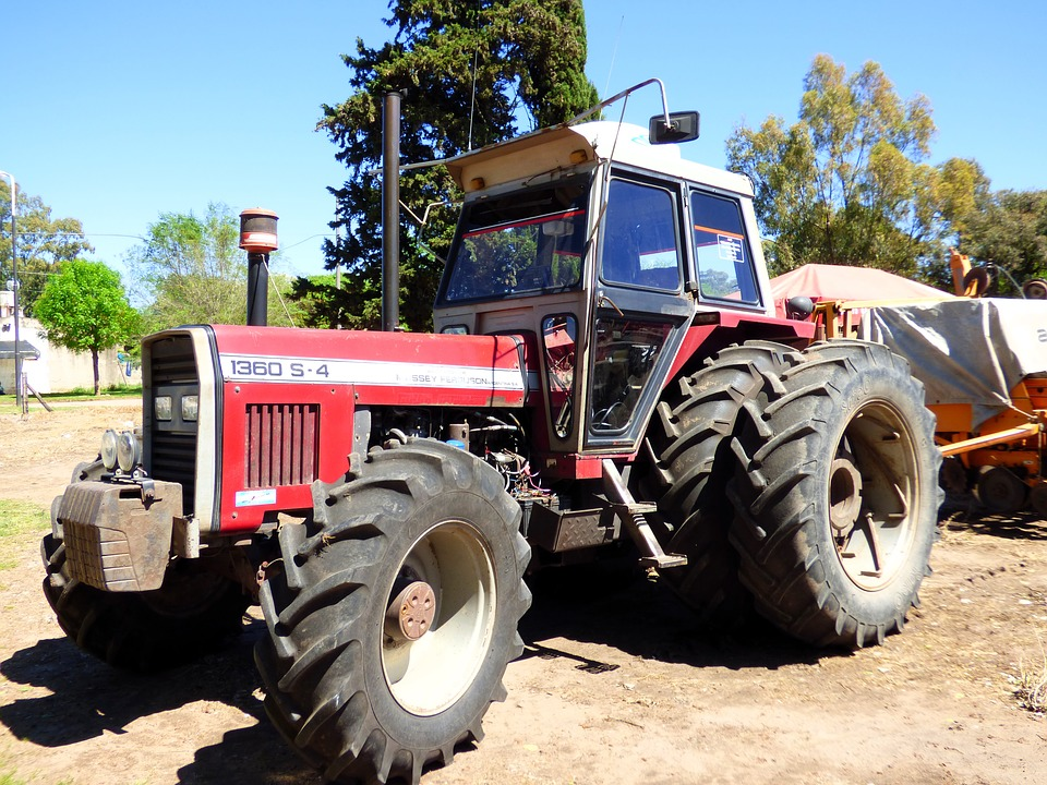 tractor-1736451_960_720