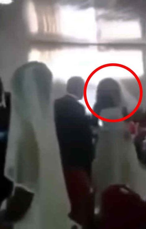 (VIDEO) La amante del novio se presentó a su boda vestida