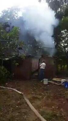 Incendio consume bodega con madera y muebles en Rivas ...