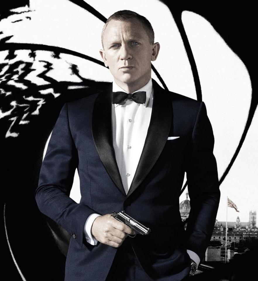 Apple negocia la compra de derechos cinematográficos de James Bond