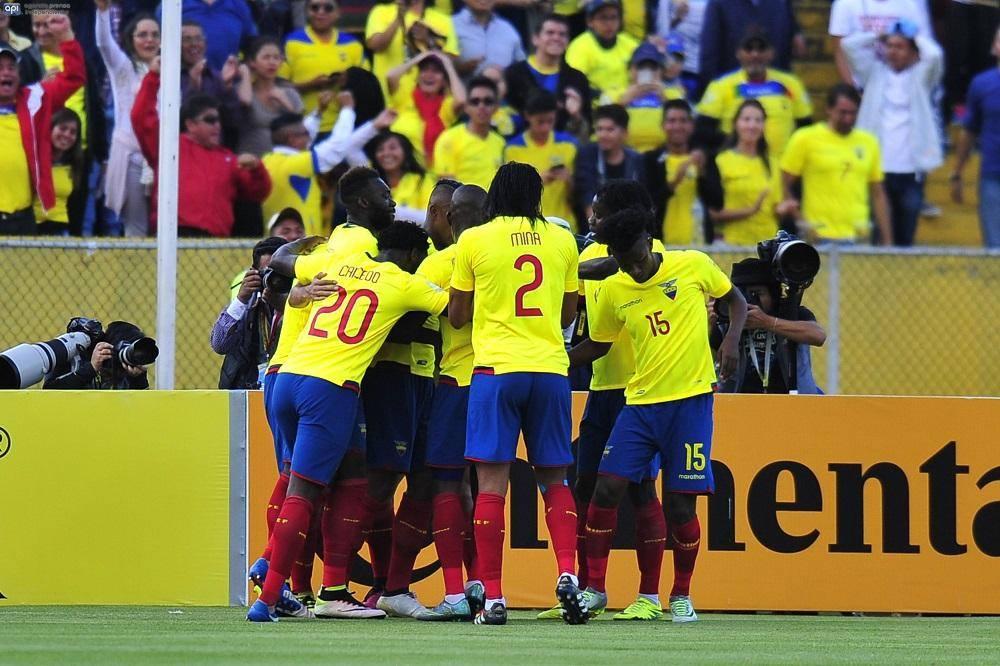 Ecuador quedó eliminado por jugadores fiesteros