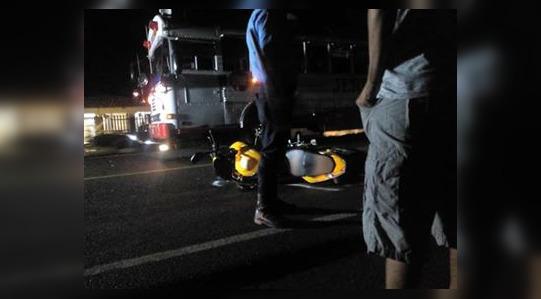 Pasajera de moto fallece en colisión contra un bus en la carretera Panamericana Norte