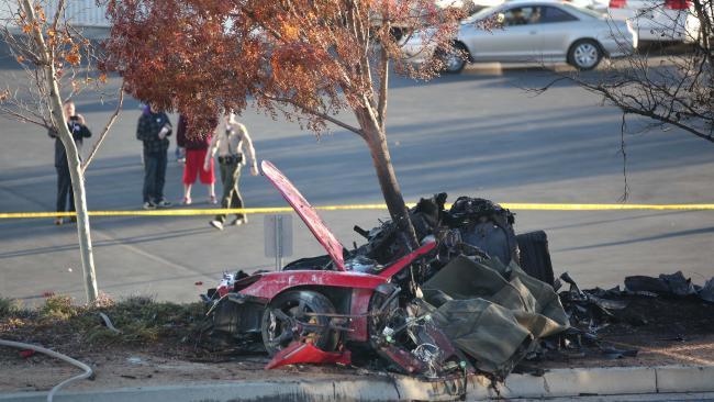 Así quedó el automóvil donde murió el actor Paul Walker