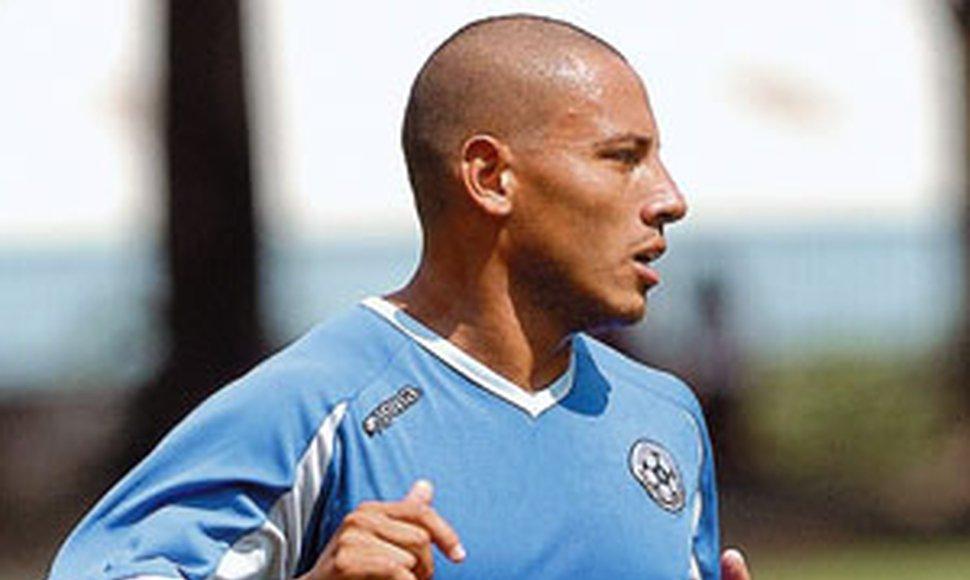 Emilio Palacios el mejor delantero en la historia de Nicaragua