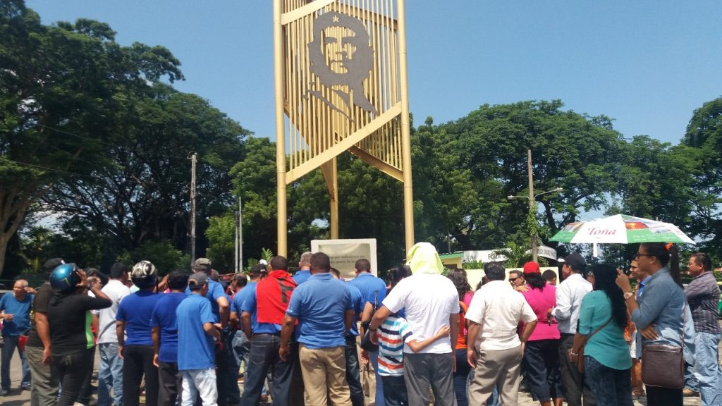 Presidió Raúl homenaje al Che y sus compañeros en Villa Clara