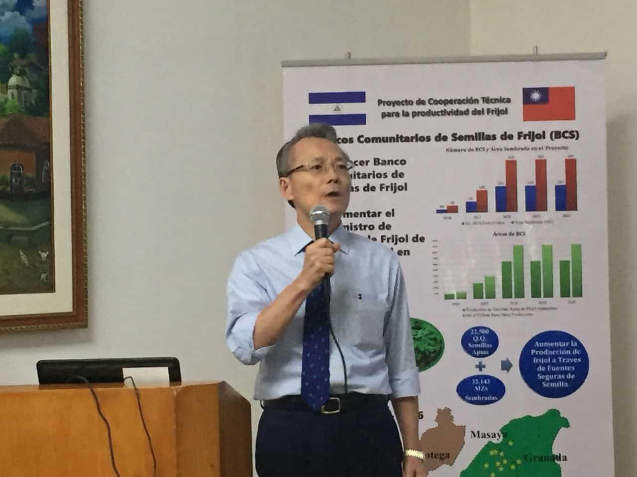 El embajador de Taiwán Jaime Chin-Mu Wu