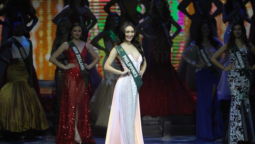 Karen Ibasco coronada como Miss Tierra 2017