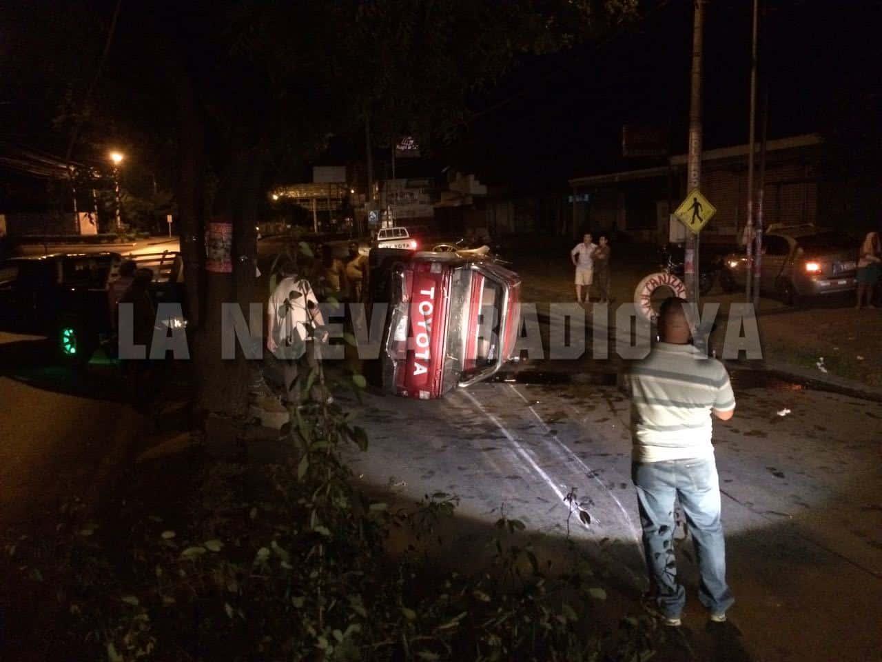el vehículo era conducido por un ciudadano que solo se identificó como Maycol