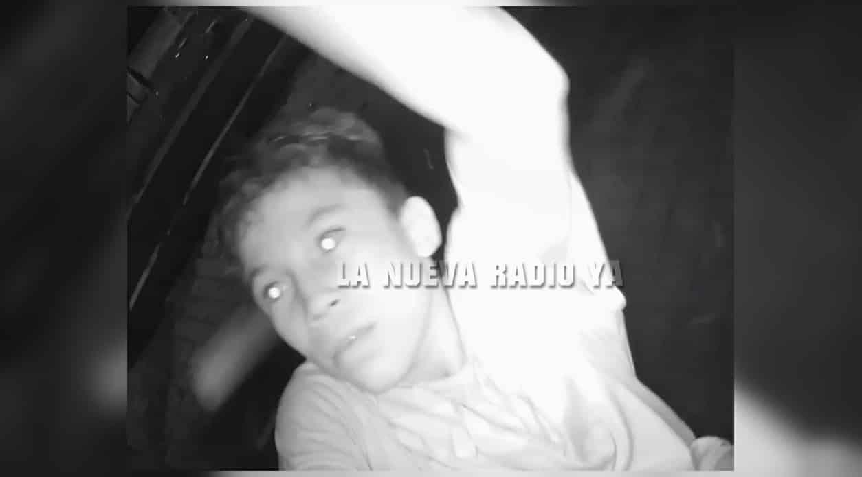El joven ladrón quedó captado en las cámaras de seguridad