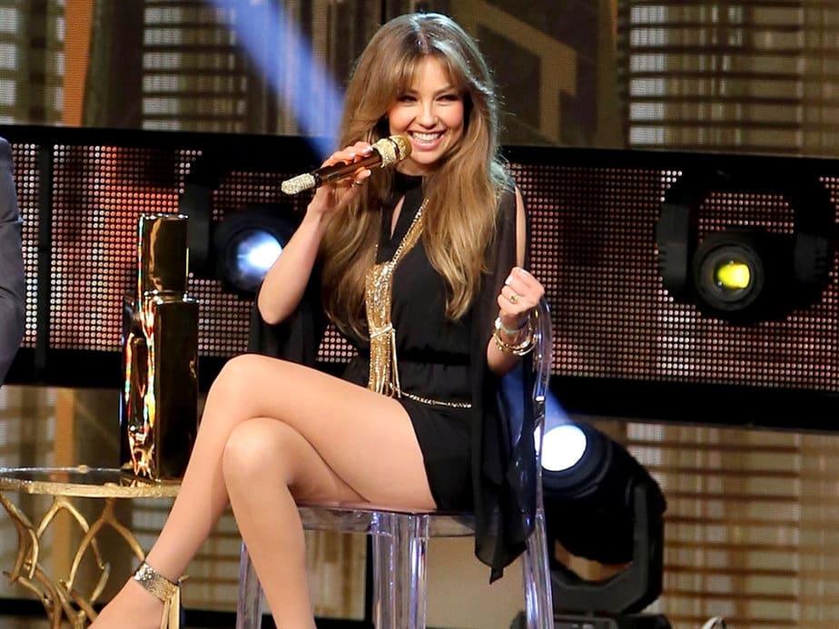 La bella cantante mexicana Thalia