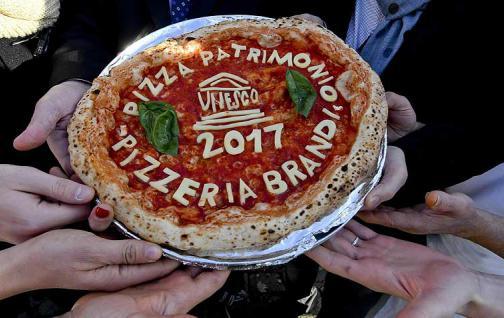 La pizza tradicional de Nápoles, patrimonio cultural inmaterial de la humanidad